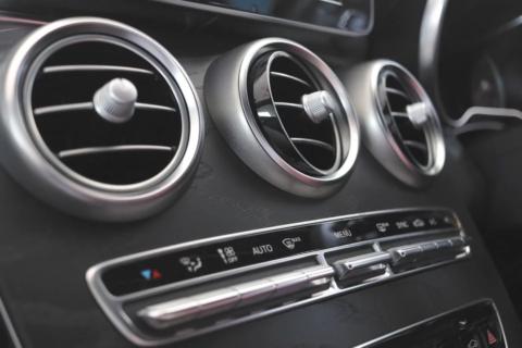 Olio motore: guida all'acquisto