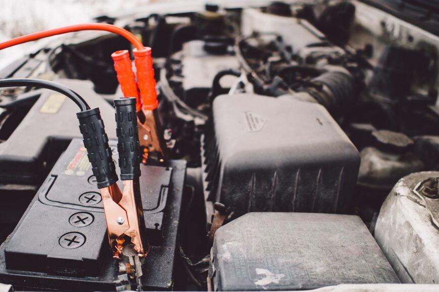 La batteria dell'auto: segreti e consigli